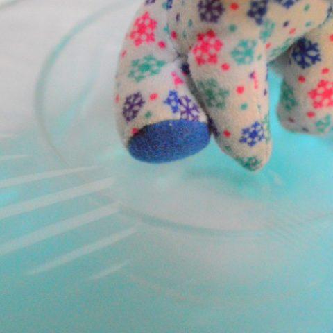 condensation below plastic wrap